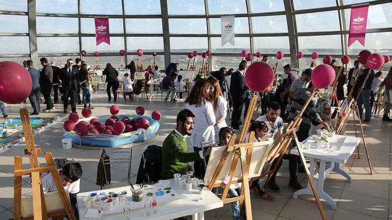 'Barışın çocukları' hayallerini resmetti