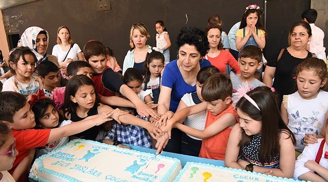 Bornova'da doğum günü kardeşliği