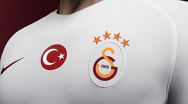 Galatasaray'dan Özel Forma