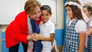 Başkan Pekdaş'a öğrencilerden sevgi seli