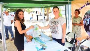 Bornova'dan öğrencilere 'Dost Kart' desteği