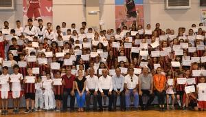 Çiğli'de Yaz Spor Okullarına sezon finali