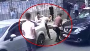 Kadın sürücü zincirle saldırdı!