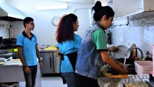 Bornova'da öğrencilere iş istidamı