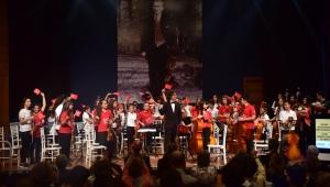 Bornovalı çocuklardan 29 Ekim'e özel konser