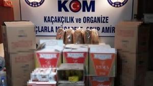 İzmir'de operasyon! Birçok kaçak ürün ele geçirildi...