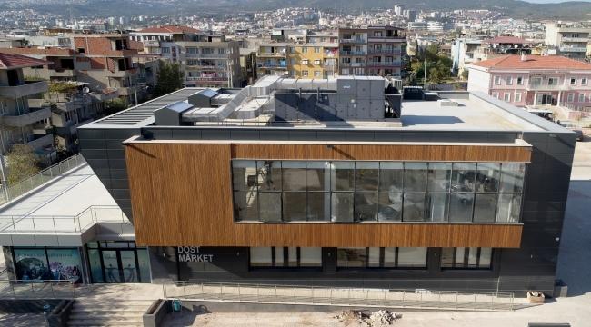Bornova'ya bir kültür merkezinin daha açılışı yapılıyor