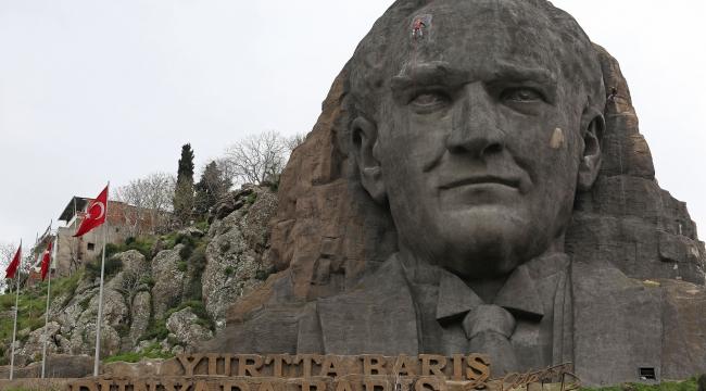 Buca'daki Atatürk Maskı 10 Kasım için hazır!