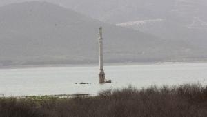 İzmir'in içme suyunu karşılayan barajlar kuruyor!
