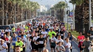 Atatürk koşusuna 2 bin kişi katıldı!
