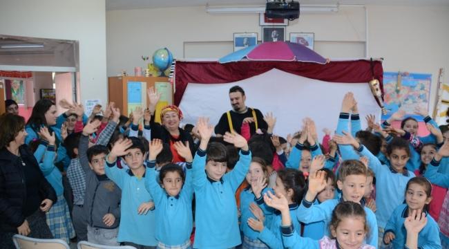 Torbalı Belediyesi'nden köy çocuklarına tiyatro