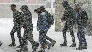 Meteoroloji, yoğun kar ve çığ uyarısı yaptı