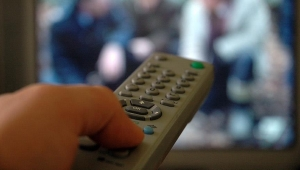 Televizyon izlemek obeziteye neden oluyor