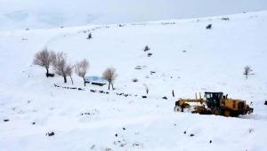 Doğuda yoğun kar nedeniyle ulaşım sağlanamıyor