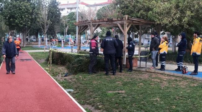 İzmir'de bir kişi parkta ölü bulundu