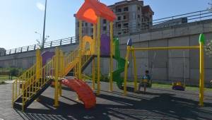 Kardeş belediye Tuzlukçu'ya oyun grubu ve spor aletleri