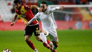 Ziraat Türkiye Kupasın'da Göztepe, Antalyaspor ile karşılaşacak
