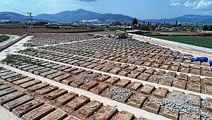 Büyükşehir'de, mezarlıklarda çift katlı kabir dönemi