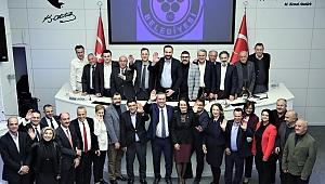 Başkan Piriştina meclis üyeleriyle vedalaştı