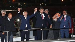 Kılıçdaroğlu'ndan Tire'ye sürpriz ziyaret