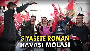 Siyasete 'Roman havası' molası