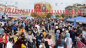 Aydın Büyükşehir 23 Nisan'ı çocuklarla şenlik havasında kutladı