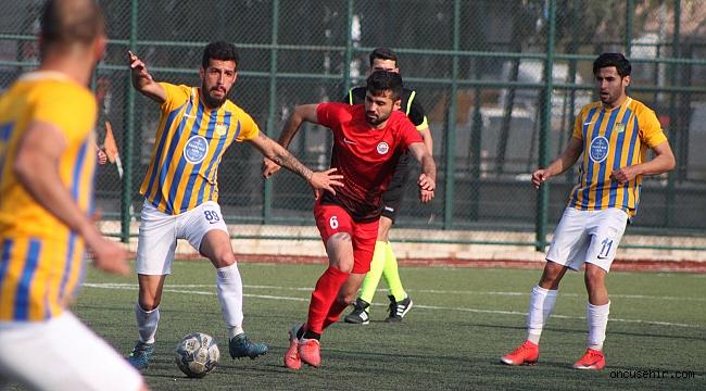 Foça Belediyespor, Alaçatı Spor'u tek golle yendi