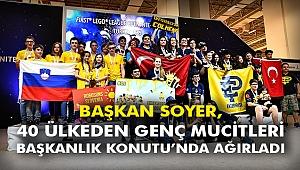 Başkan Soyer, 40 ülkeden genç mucitleri Başkanlık Konutu'nda ağırladı