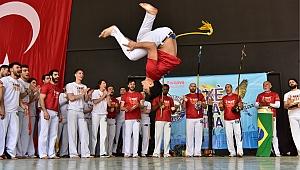 Bornova'da Capoeira rüzgarı esti