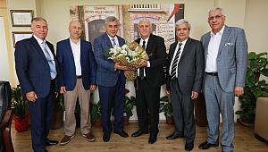İzmir Esnaf Odası Başkan İnce'yi tebrik etti