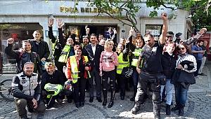 Yunan motosiklet tutkunları Foça'da mola verdi