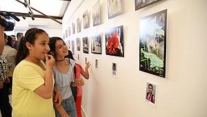 Karşıyakalı çocuklardan fotoğraf sergisi