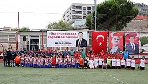 Bayraklı'da Gençlik Futbol Turnuvası