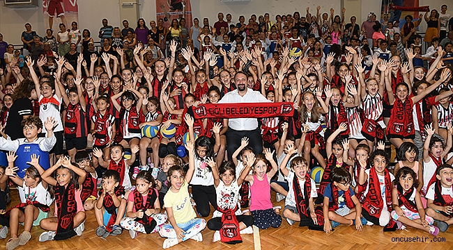 Başkan Gümrükçü'den sporcu buluşması