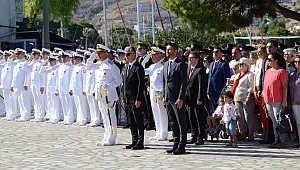 Foça'da 30 Ağustos gururu! Kutlamalar, Fener Alayı, TSM Konseri...