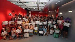 FolkartGallery'den geleceğin sanatçılarına sertifika