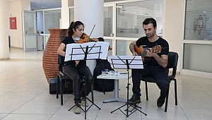 Menemen Belediyesi'nde çalışanlara müzik terapisi