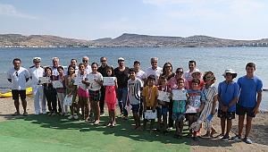 Foçalı çocuklar yelken sporu ile tanıştı