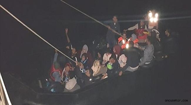 İzmir'de 160 düzensiz göçmen yakalandı