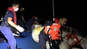 İzmir'de 30 düzensiz göçmen yakalandı