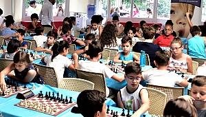 Bornova'da Cumhuriyet'e özel satranç turnuvası başlıyor