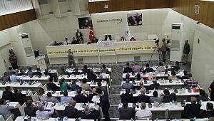 İzmir Büyükşehir Meclisinde 'ulaşım zammı' tartışması
