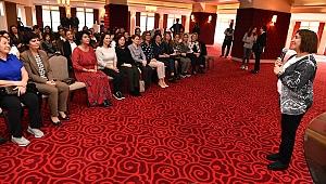 Başkan eşleri İzmir'de tarım ve kadını konuştu
