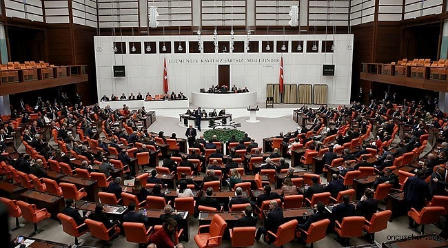 AK Parti'nin Meclisteki sandalye sayısı düştü