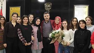 Başkan Sandal, öğretmen ve öğrencilerle buluştu