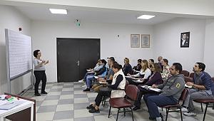 Buca Belediyesi'nin dil kurslarından renkli görüntüler