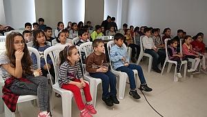 Gaziemir'de çocukların iç dünyasına yolculuk