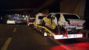 İzmir'de feci trafik kazası: 8 araç birbirine girdi! Ölü ve yaralılar var