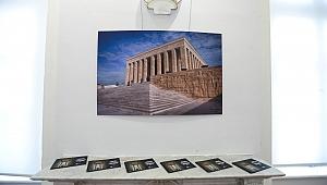 Usta gazeteci Karar'ın objektifinden Anıtkabir sergisine yoğun ilgi