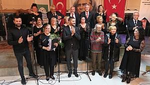 Yeni Foça'da Oratoryo gösterisi